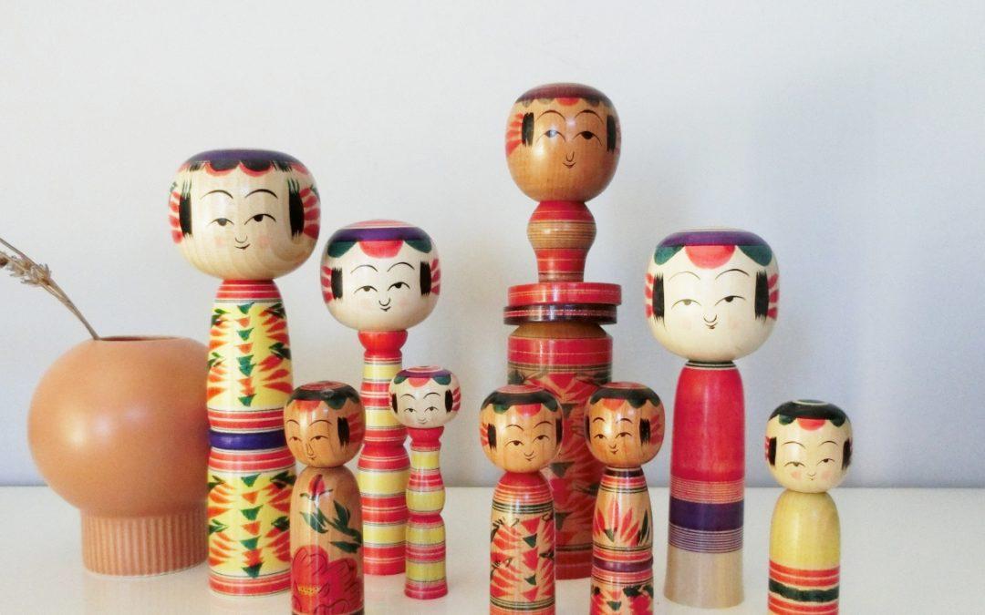 Le charme des poupées kokeshi artisanales
